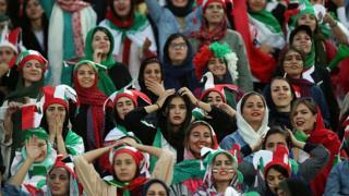 'مسیر زنان ایران، از انقلاب تا 'آزادی