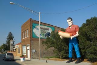 Illinois, Route 66, Atlanta, Bunyan's Statue (a Route 66 'Giant'/Muffler Man)