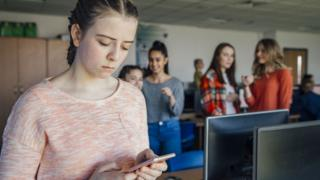 'Sadfishing' social media warning from school heads