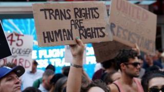 المتحولون جنسيا
