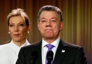 Juan Manuel Santos y su esposa.
