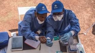 Watalaam wanaotoa chanjo ya Ebola