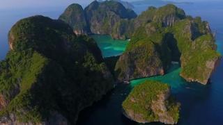 ခရီးသွားလုပ်ငန်းကြောင့် ထိုင်းကမ်းခြေတွေ ပျက်စီး