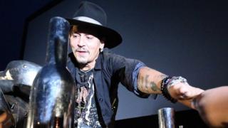 El actor Johnny Depp en el Festival de Glastonbury, en Reino Unido.