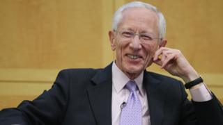 Former Bank of Israel Governor Stanley Fischer participates in an economic forum on 'Policy Responses to Crises' at the International Monetary Fund headquarters November 8, 2013 in Washington, DC.