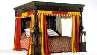 """В """"Двенадцатой ночи"""" упоминается знаменитая """"уэрская кровать"""" размером 3,38 на 3,26 метра"""
