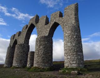The Fyrish Monument