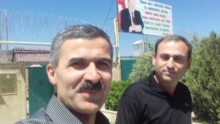 Hüquq müdafiəçisi Oqtay Gülalıyev və azadlğa çıxmış jurnalist Əfqan Sadıqov