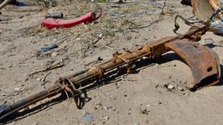 Disused machine gun discarded near Baghuz