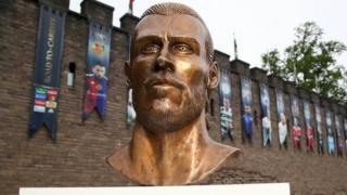 Gareth Bale sculpture