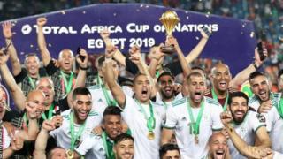 Les Fennecs d'Algérie, vainqueurs de la Coupe d'Afrique 2019 en Egypte devant le Sénégal.