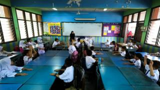 Picture of students in a classroom, Malaysia