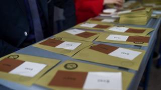 Referandum oy pusulaları