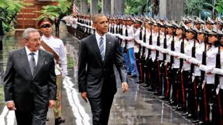 カストロ議長とオバマ大統領はなごやかな中にも人権をめぐり対立した
