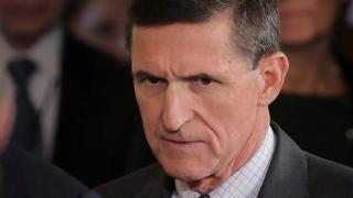 آقای فلین ابتدا تکذیب کرده بود که درباره تحریم های دولت باراک اوباما با سرگی کیسلیاک سفیر روسیه گفتگو کرده