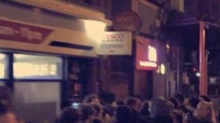Tesco cash machine queue