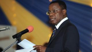 L'ancien ministre délégué de la Justice Maurice Kamto est investi candidat du MRC à la prochaine présidentielle.