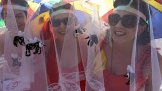 Mosquito nets costumes were popular in the north-eastern city of Recife carnival