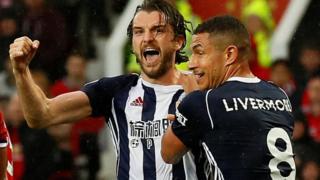 جاي رودريجيز سجل هدف ويست بروميتش في مانشستر يونايتد