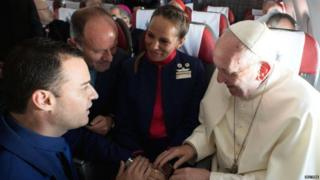 Pope Francis marry flight attendants for Chile