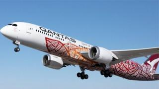 Літак Qantas Flight QF9