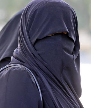 file pic of woman in burka