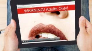 英國通過新法律,迫使網絡用戶在進入色情網站前需要證明他們的年齡。