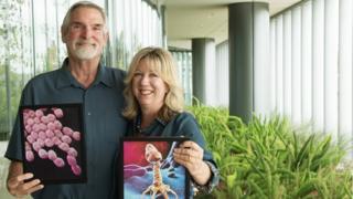 Tom Patterson e sua mulher, Steffanie