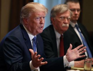 Ông Trump cảnh báo những lời buộc tội ông có thể làm tổn hại nền kinh tế