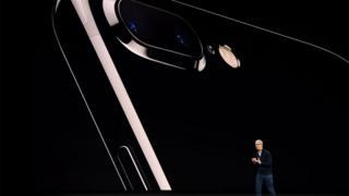 แอปเปิล และ แอมะซอน ส่องอนาคตของสองบริษัทยักษ์ใหญ่
