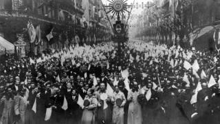 Desfile en el Centenario en Argentina