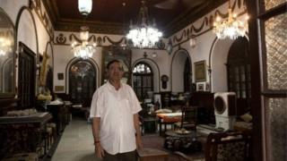 অনিল পারসাদ দিল্লির বাসিন্দা