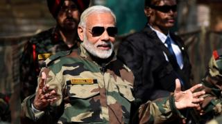 नरेंद्र मोदी, सेना और सरकार