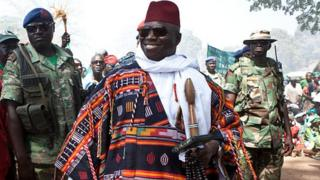 Yahya Jammeh a déployé des militaires dans les endroits stratégiques de Banjul