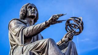 Estatua de Copérnico