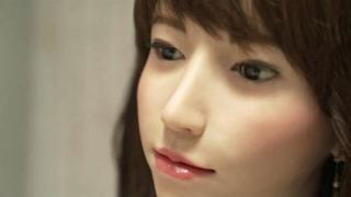 ژاپن برای مقابله با اثرات کاهش جمعیت از روبات استفاده میکند