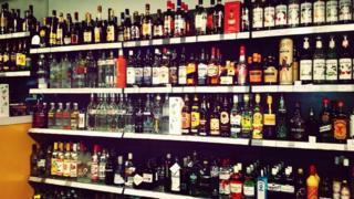 Berbagai minuman beralkohol.
