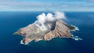 Vulcão de White Island em 2016