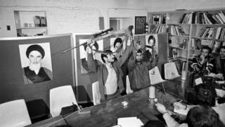 کنفرانس خبری دانشجویان ۲ روز پس از اشغال سفارت آمریکا