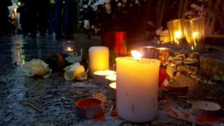 La France rend hommage aux victimes des attentats du 13 novembre 2015.