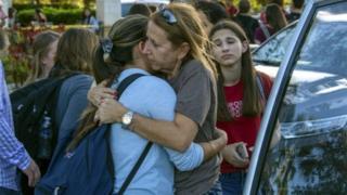 플로리다 파크랜드 소재의 고등학교에서 발생한 이번 사고로 인해 최소 17명이 사망했다