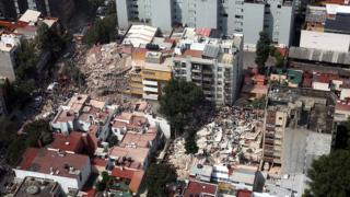 Vista aérea de una zona dañada por el terremoto en Ciudad de México.