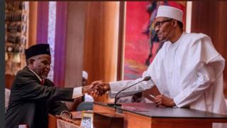 Muhammadu Buhari et le nouveau président de la Cour suprême du Nigeria