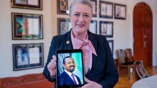 رئيسة الأكاديمية الملكية السويدية للعلوم تعلن فوز آبي أحمد بجائزة نوبل للسلام