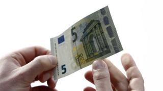Банкнота в 5 евро