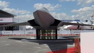 Макет истребителя шестого поколения FCAS на авиасалоне Ле Бурже