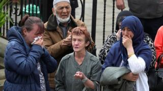 Jo Cox funeral mourners