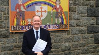 Gary Hind headteacher