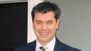 Darren Hawken