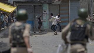 Abantu 18 bamaze kwicwa muri Kashmir
